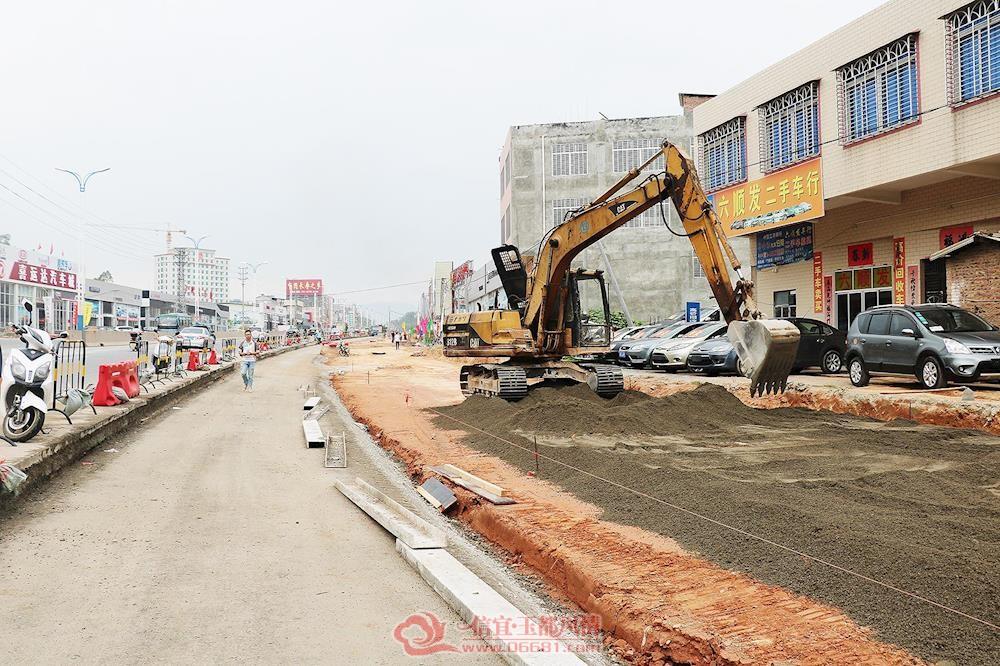 市区南出口道路改造快马加鞭预计2019年春节前可完成本项目90%以上